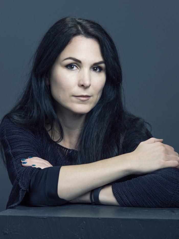 Nina Hemmingsson kommer till Österängens Konsthall på KulturDagNatt.